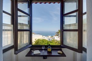 Studio Top Floor, Sea View with Kitchenette